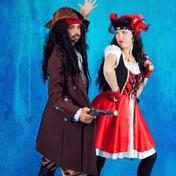 Фото Пираты Джек Воробей и Мэри 001