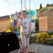 Шоу мыльных пузырей на улице, отель Камелия