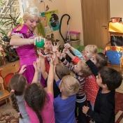 Рапунцель и пиратка в детском саду у милой Евы 009