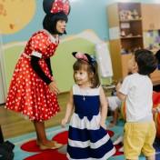 Минни и Микки в детском саду 016