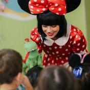 Минни и Микки в детском саду 026