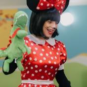 Минни и Микки в детском саду 029