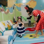 Минни и Микки в детском саду 034