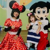 Минни и Микки в детском саду 042