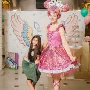 День рождения Гретты с Куклой Лол 012
